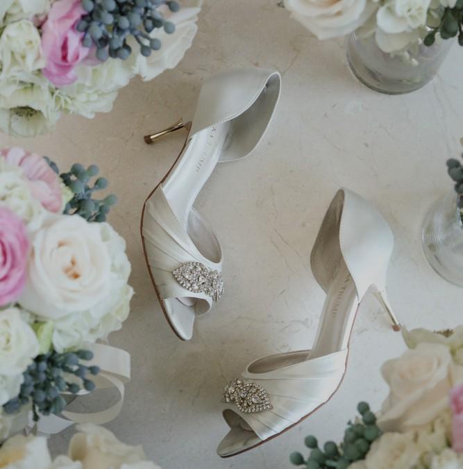 Caitlin and Derek's Stunning M Resort Wedding