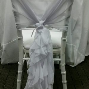 White Curly Willow Chair Wrap