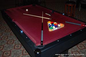 GAME POOL TABLE